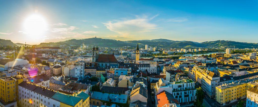 In Linz macht die massive Hitze im Sommer der Bevölkerung zu schaffen