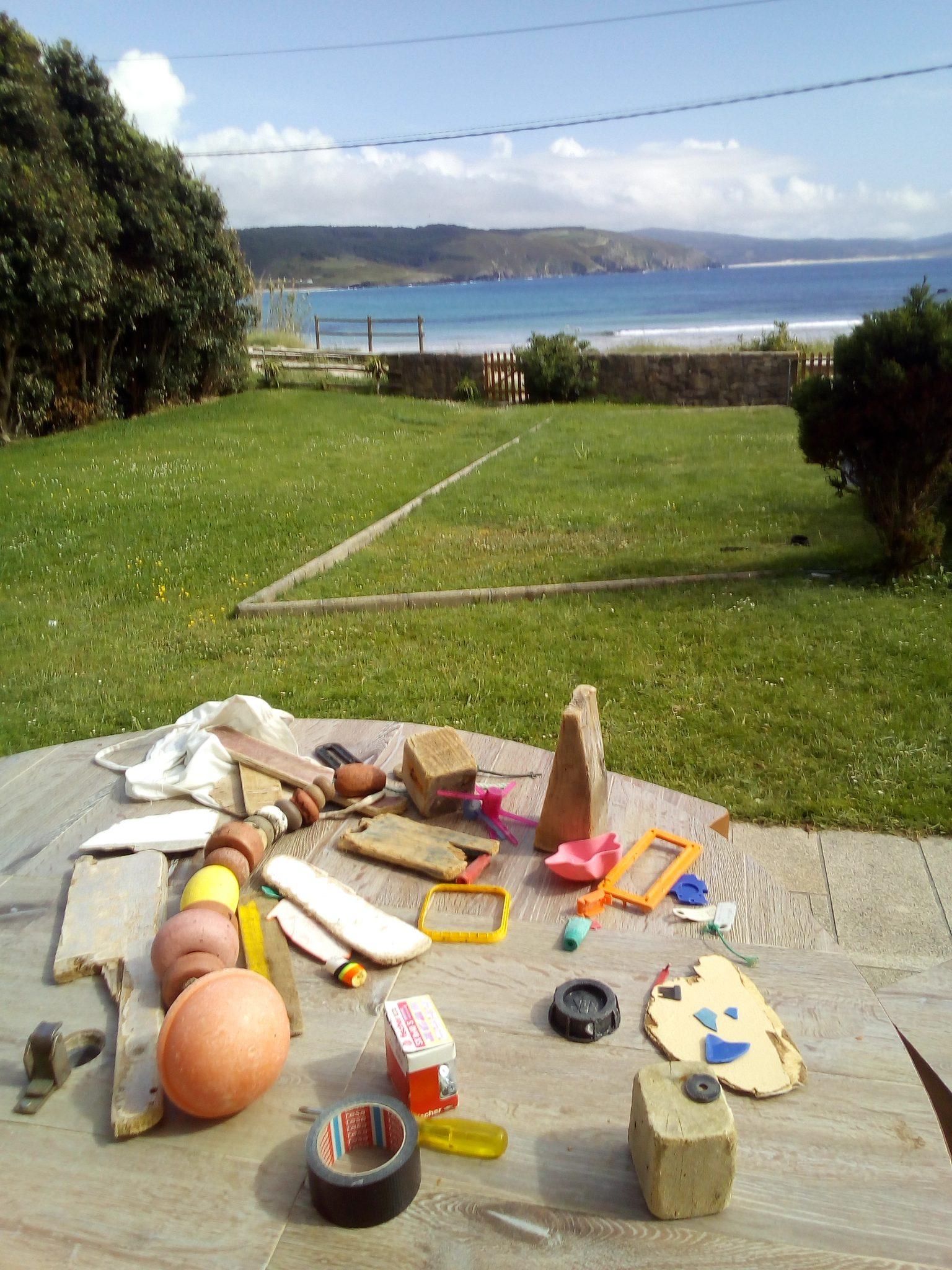 Was hier auf dem Tisch zusammengekommen ist, hat Chris Landrock innerhalb von einer halben Stunde vom Strand gesammelt.